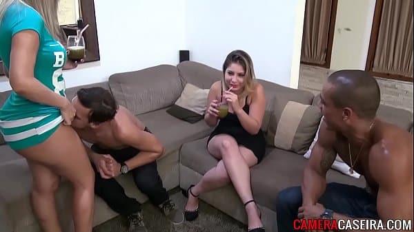 Porno Grupal Com Loiras Peitudas