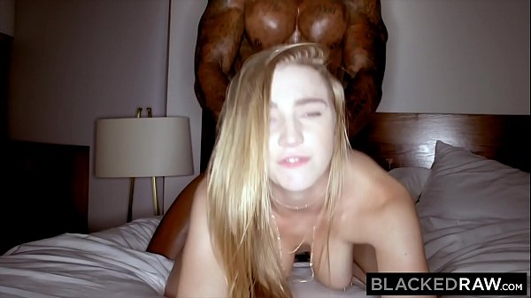 Video Gravida Porno Metendo com Negão