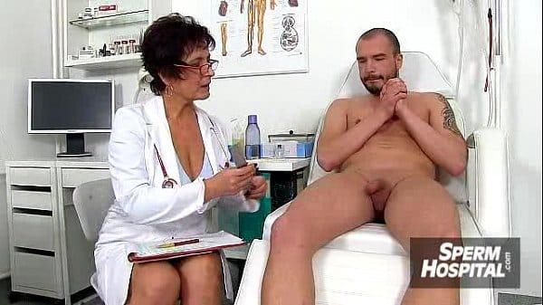 Doutora peituda fazendo sexo gostoso dentro do hospital