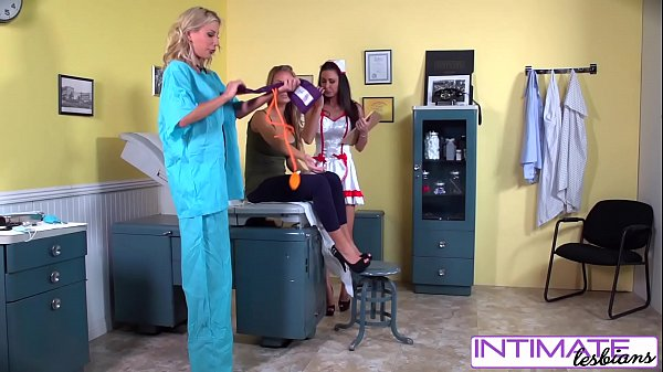 Enfermeiras fazendo sexo após o expediente