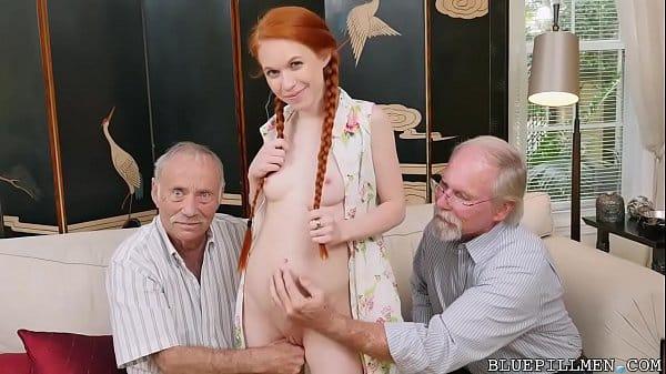Filha fazendo porno com avôs paternos