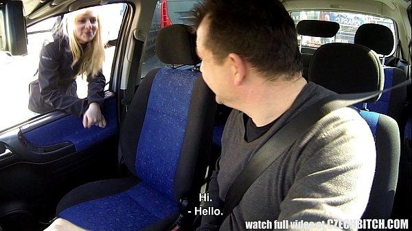 Morena sendo forçada a fazer porno com motorista