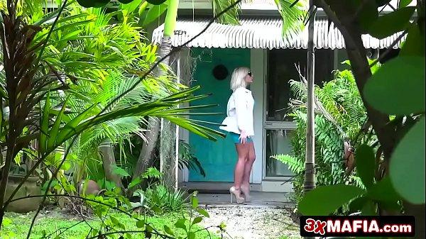 Loiras safadas foram filmadas fazendo muito sexo gostoso