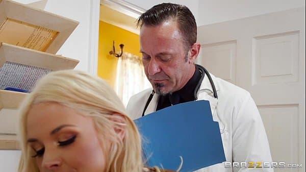 Enfermeira transando com paciente dotado do pau grande