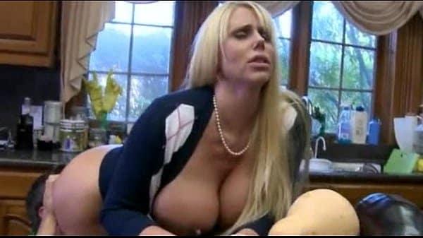 Vídeo de incesto real amador mãe e filho