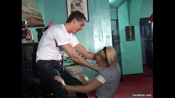 Mulher foi amarrada e fez sexo a força com jovem