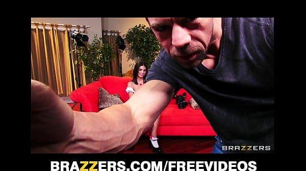 Próprio ator grava seus videos porno