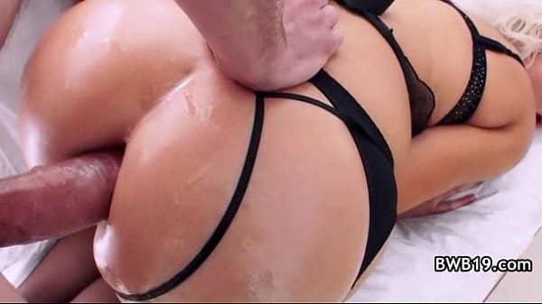 Comendo cu gostoso de atriz porno rabuda