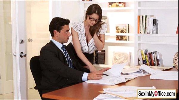 Advogada transando com homens bem dotados