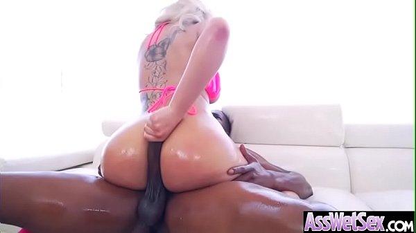 Dando o cu chorando com penetração anal