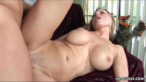 Video pornô de peituda gorda fodendo
