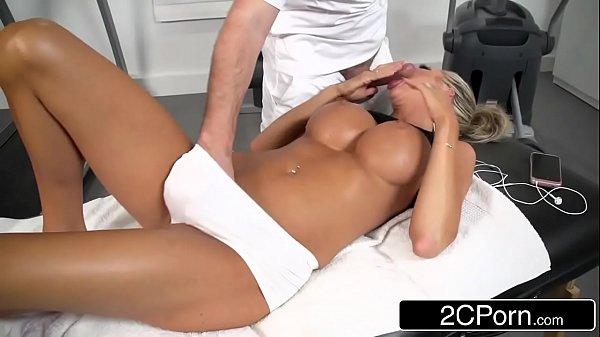 Boquete deslumbrativo para massagista em academia