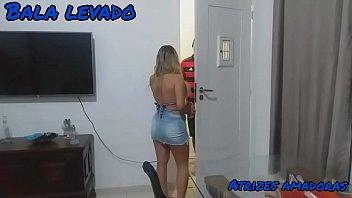 Video porno doido metendo numa linda mulher