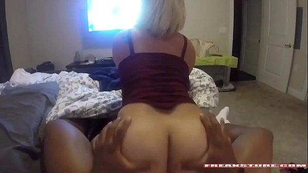 Vídeos pornos novinha fos peitos gostoso
