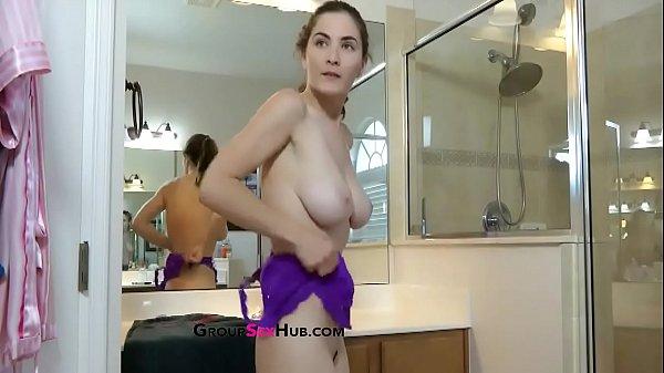 Xporno comendo duas irmas