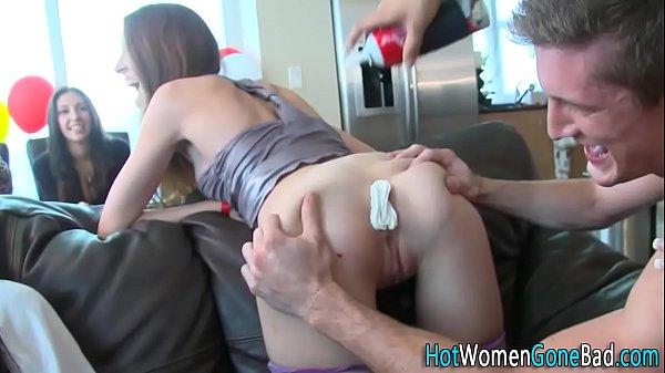 Festinha sexual com algumas putas gostosas