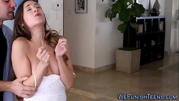 Ninfeta fode em sexo hardcore gostoso