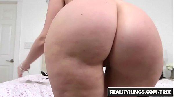 Morena bunduda natural em video de sexo hardcore