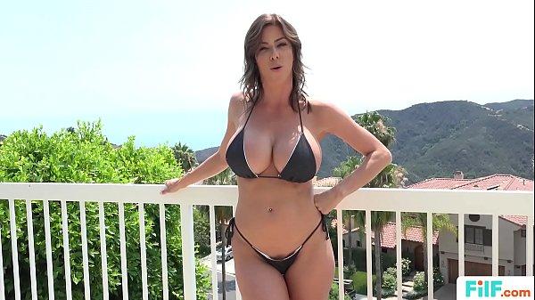 Garoto fudendo a mamãe putona da bunda grande e peitos gostosos no video