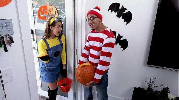 Putaria com o primo no dia do hallowean