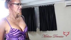 Sexo incestuoso novinha e sua mãe fazendo putaria