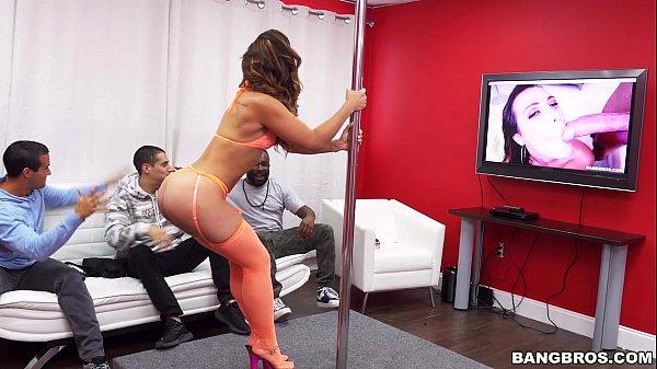 Sexo video hd rabuda muito gostosa transando