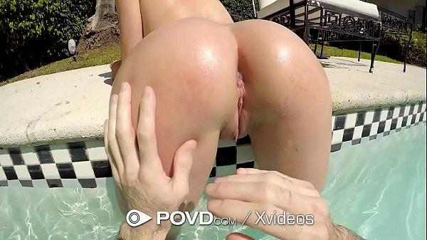 Fodendo buceta linda de novinha muito gostosa no porno