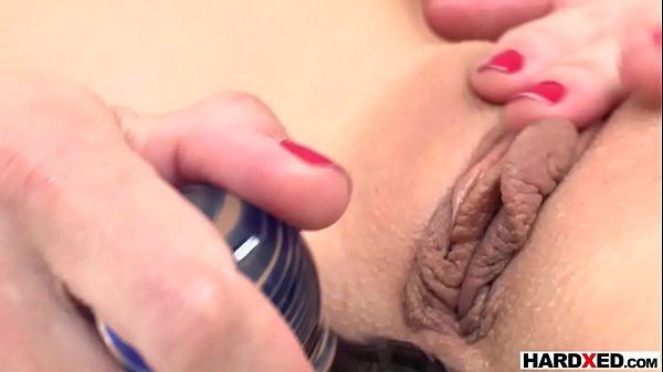 Anal doloroso com novinha magrela muito safada