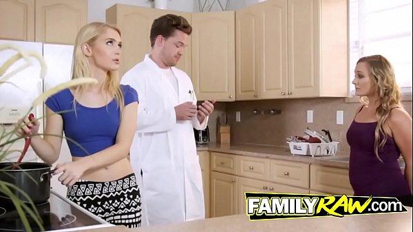 Filmes porno incesto com duas gostosas em família