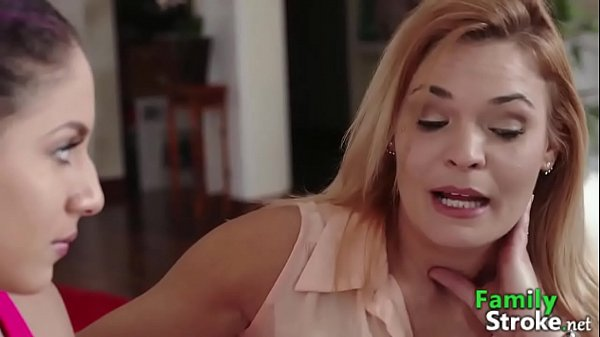 Porn Xvideos gostosas fazendo sexo com homem dotado