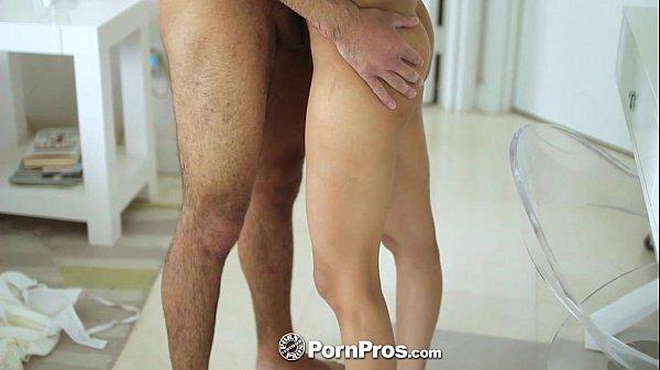 Sexo com pau grande da novinha gostosa demais