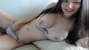 Mulher se masturbando ate gozar
