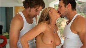 Video de sexo com novinhas